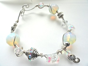 winter white lights ss bracelet